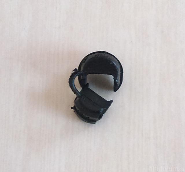 Akai GX 95 Stromkabelklemme