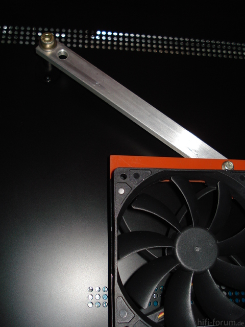 120mm-Fan An UE46C7700