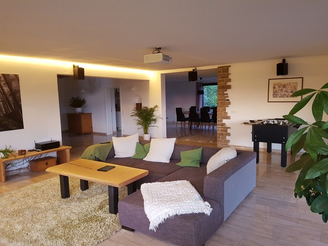 katastrophale raumakustik verbessern glas marmor und. Black Bedroom Furniture Sets. Home Design Ideas