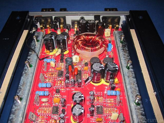 Innenleben Axton Impact C600 X5