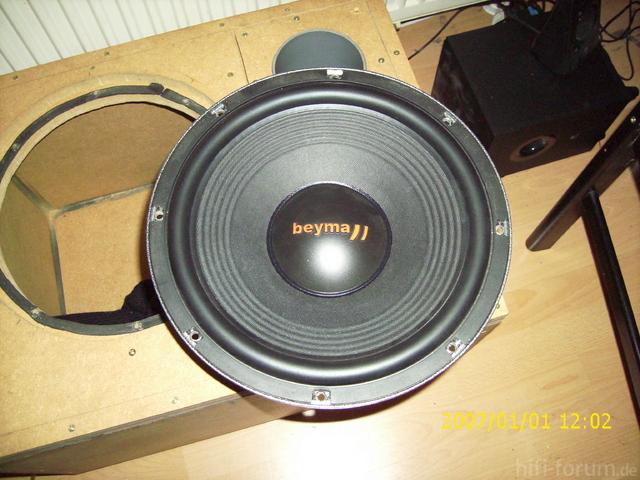 Beyma Power 12