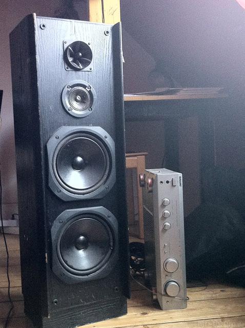 Lautsprecher CD 240 VORNE