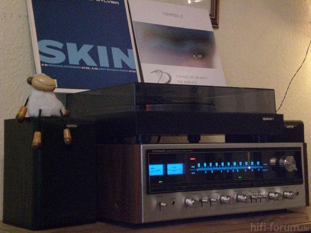 Sylver & Topmodelz Go Vintage Audio