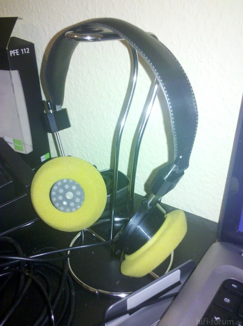 Küchenrollen-Kopfhörerständer
