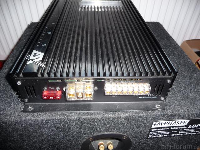 ESX 440x4