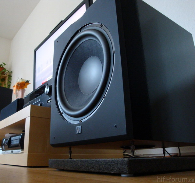 Acoustic Research Helios W30a