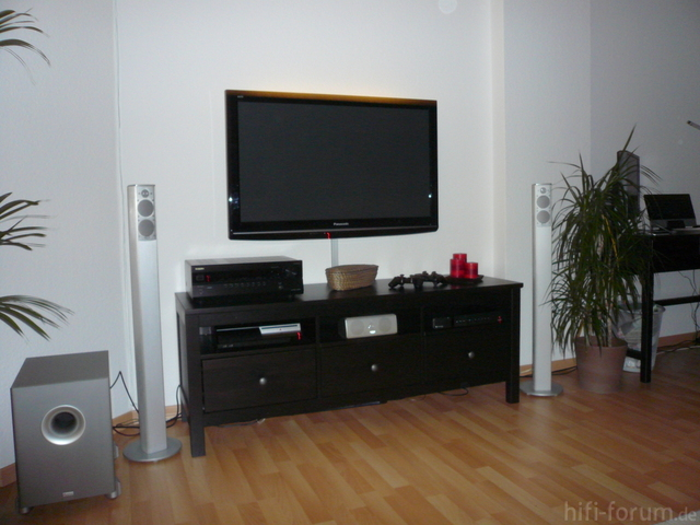 fernseher wand h ngen kabel verstecken m bel design idee f r sie. Black Bedroom Furniture Sets. Home Design Ideas