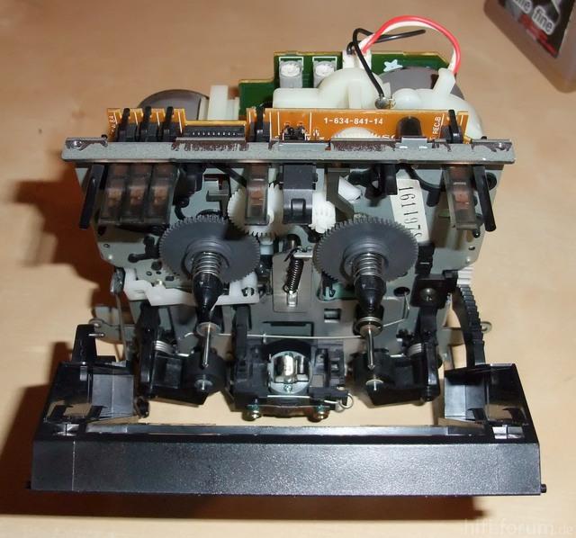 TC-WR735s Laufwerk vorne