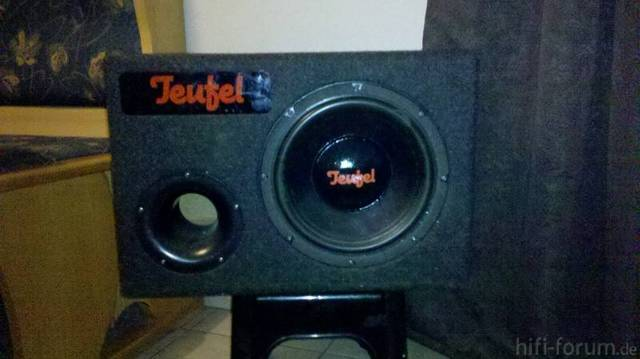teufel subwoofer f r das auto auto subwoofer teufel. Black Bedroom Furniture Sets. Home Design Ideas