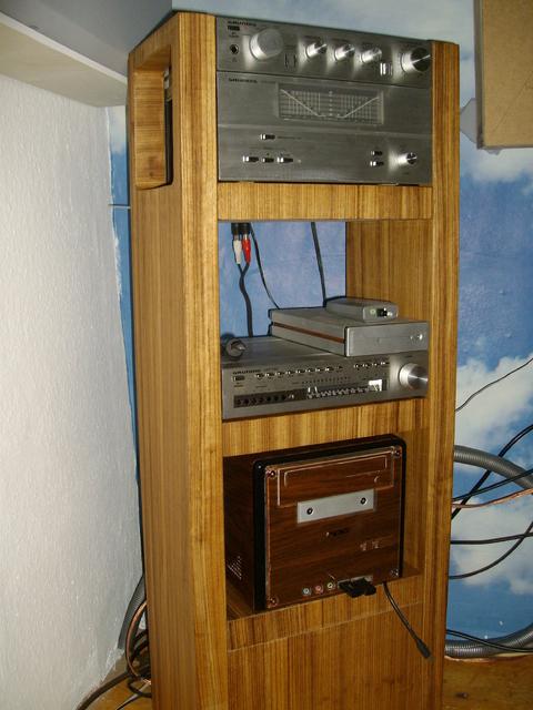 bilder eurer selbstbau racks racks geh use hifi forum seite 81. Black Bedroom Furniture Sets. Home Design Ideas