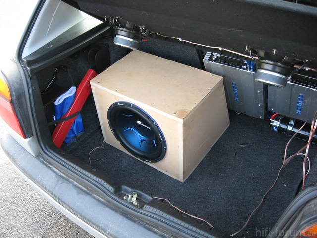 Kofferraum Mit Sub