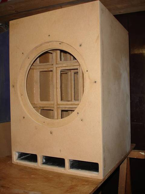 lautsprecher lackieren lassen im gro raum stuttgart g ppingen lautsprecher hifi forum. Black Bedroom Furniture Sets. Home Design Ideas