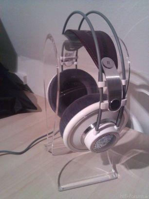 Kopfhörerständer1