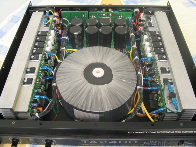 T.Amp TA2400