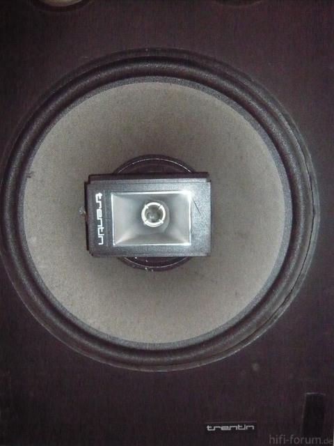 P1020203