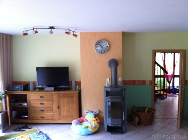 Wohnzimmer (Front)