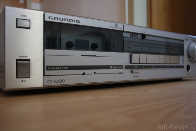 Grundig CF7000