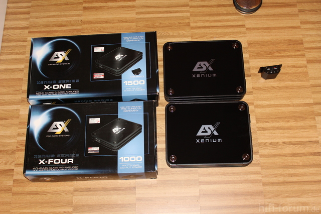 X-One Und X-Four