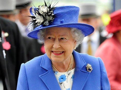 1335138535-queen.9