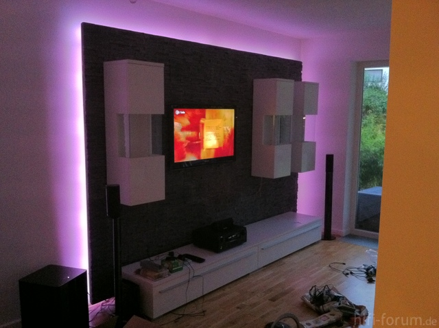 tv wand heimkino surround tv wand hifi. Black Bedroom Furniture Sets. Home Design Ideas