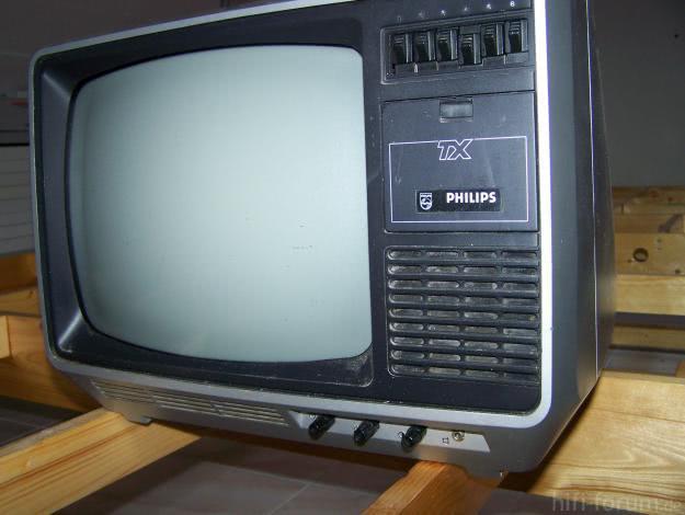 1297249223 165258676 1 Fotos De  TV Philips TX Preto E Branco