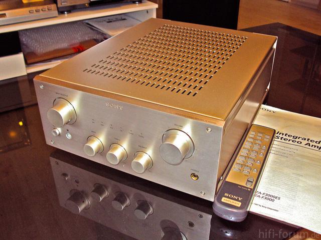 Sony TA-F 3000 ES Frontseite
