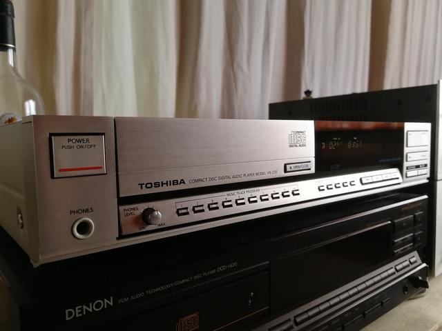 Toshiba XR-Z 70
