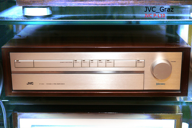 JVC P-L10