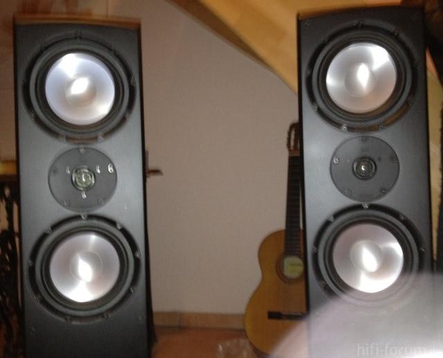 Bild Meiner Lautsprecher (Marke: Magnat)