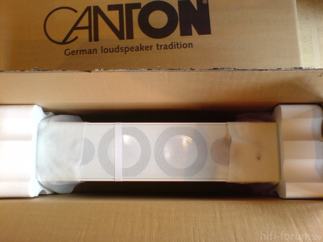 Canton GLE 490.2 In Kartonverpackung