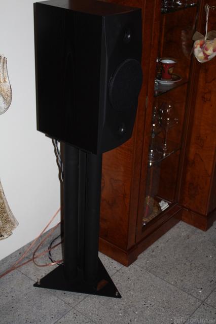 Lautsprecherständer 002