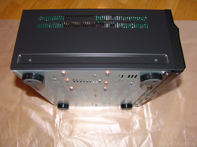 SONY STR-DA5700ES - Seitenansicht 01