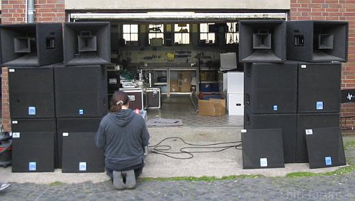 PA-Lautsprecher KME QSH1122 und KME QBH1181S in Hannover gestohlen