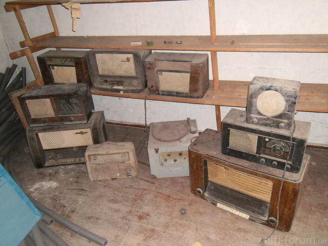 Rundfunkger?te Dachboden 044