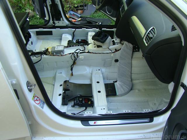 Audi A4 B8 Interior 1