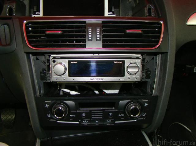 Audi A4 Pioneer P90 Einbau