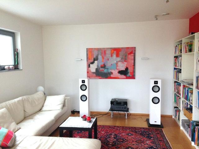 Vescova MK 2 im Wohnzimmer, 2016