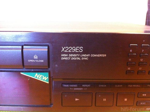 Sperrmüll: Sony X 229 ES