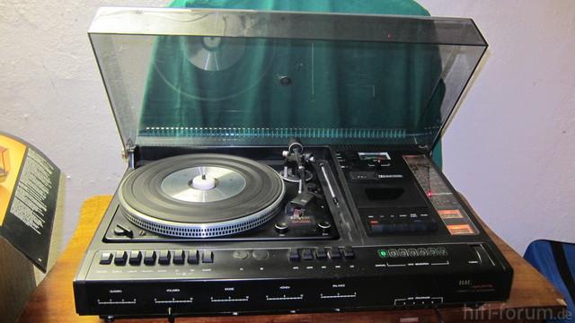 Elac 1330 C Inkl. 2 Lautsprechern Funktionsfähig 1a Zustand Zu Verkaufen