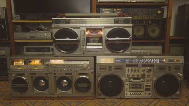 Conion C100, Helix, Clairtone 7980, Sharp GF 777, Sharp GF 9000