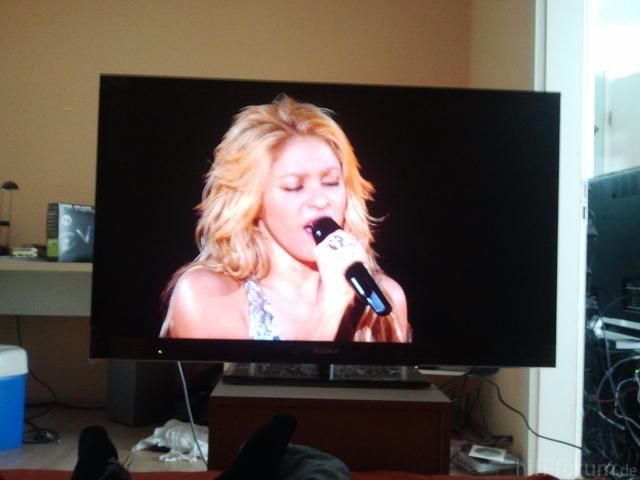 46EX720   Normales Raumlicht, Shakira   Live In Paris (BluRay)