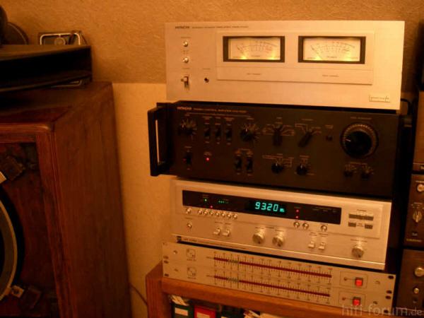 Hitachi HMA 7500 1 600 Pixeljpg