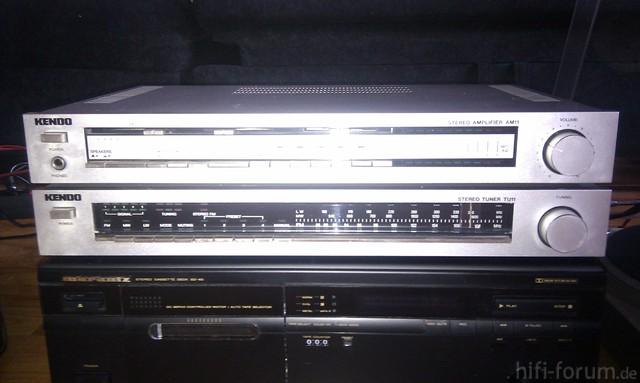Amplifier Und Tuner Vorne