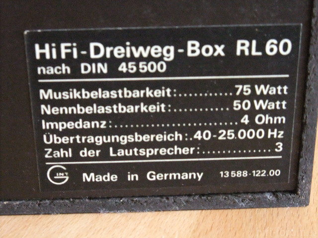 RL 60 Boxen Aufkleber