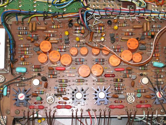 Beomaster 3000-2 Type 2402 Serie 25 No 19954 Endstufe Vor Reparatur