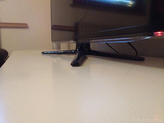 Standfuß Samsung UE46ES6300