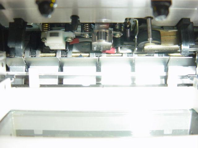 S L1600i