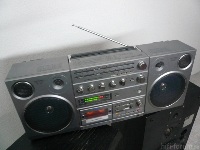 Philips D 8614 Front