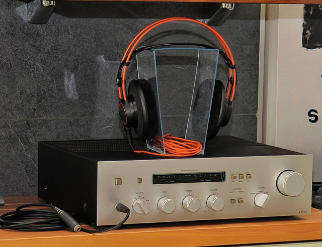 Acryl Kopfhörerständer