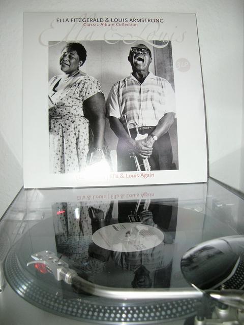 der rotierende vinyl thread was dreht bei euch auf dem plattenteller treffpunkt musik. Black Bedroom Furniture Sets. Home Design Ideas